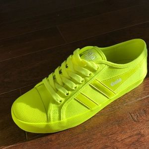 New Yellow Gola Trainers, size 40